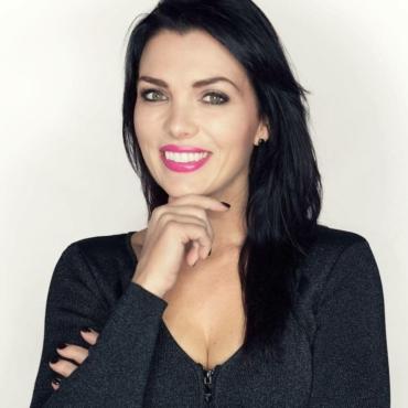 Tracy Lynn